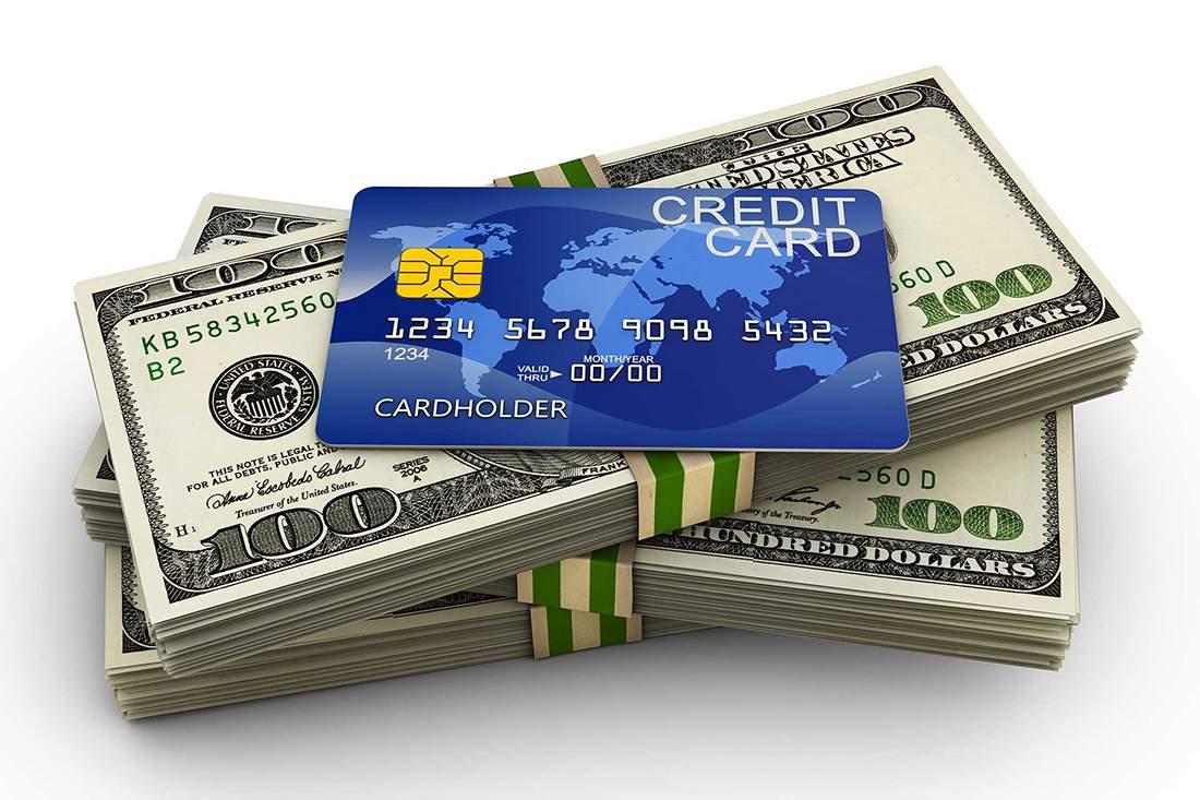 Thẻ tín dụng là biện pháp hiện đại thay thế tiền mặt