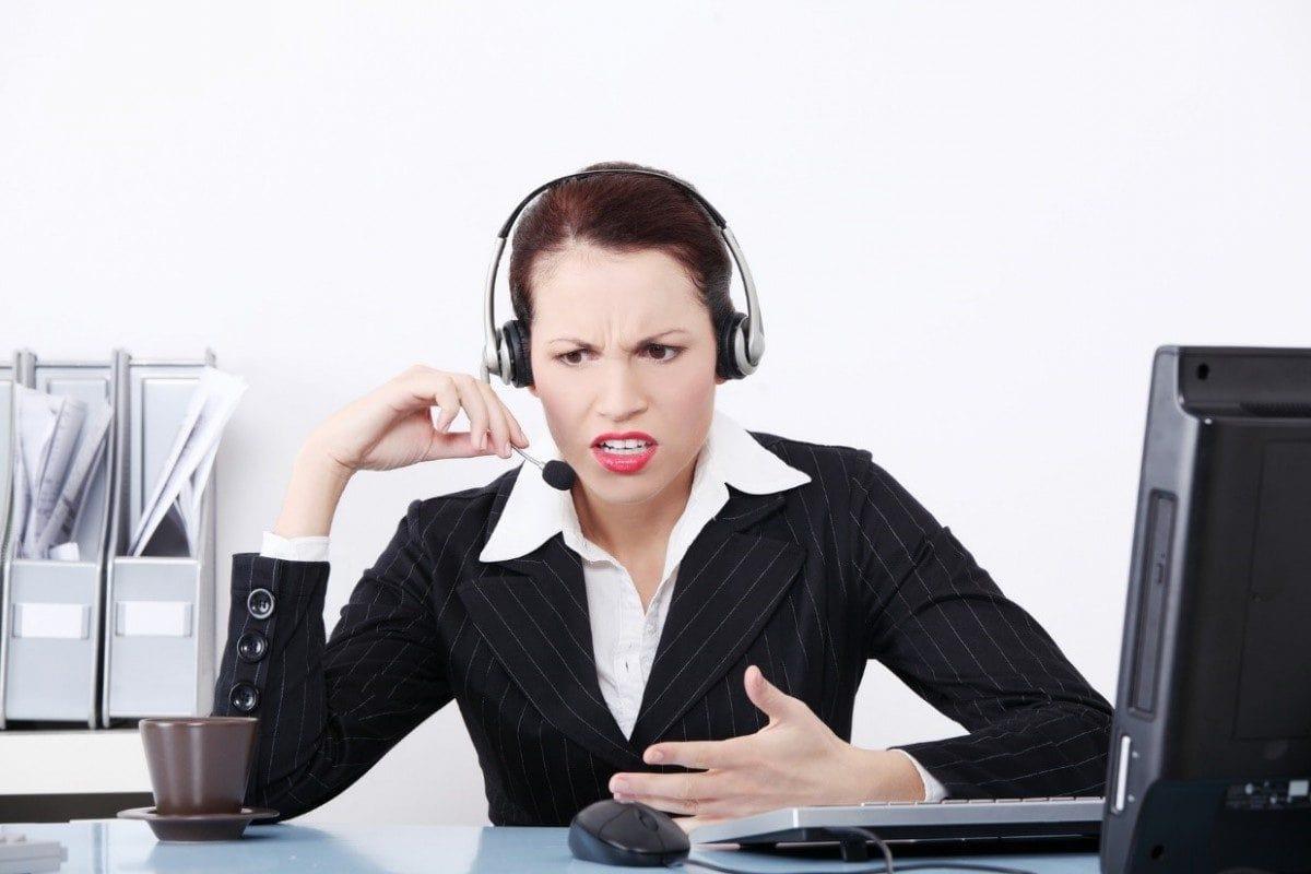 Gọi điện cho người thân khi bạn chậm trả tiền