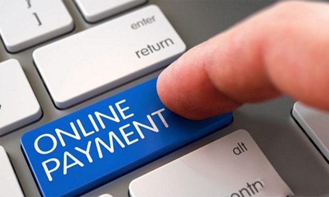 Chuyển khoản qua Internet Banking hoặc ví điện tử