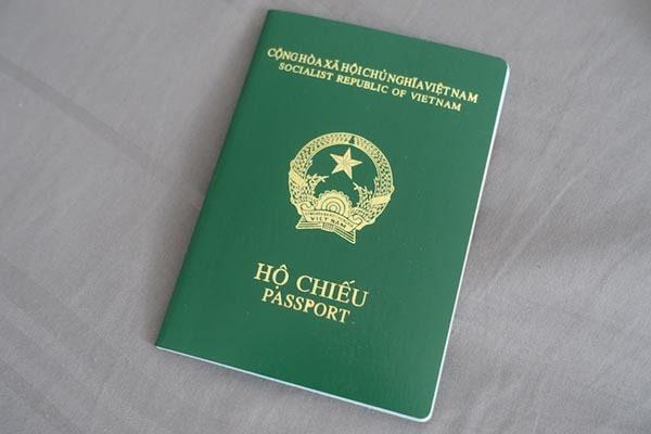 Dùng hộ chiếu để mở tài khoản thứ 2 tại MB Bank