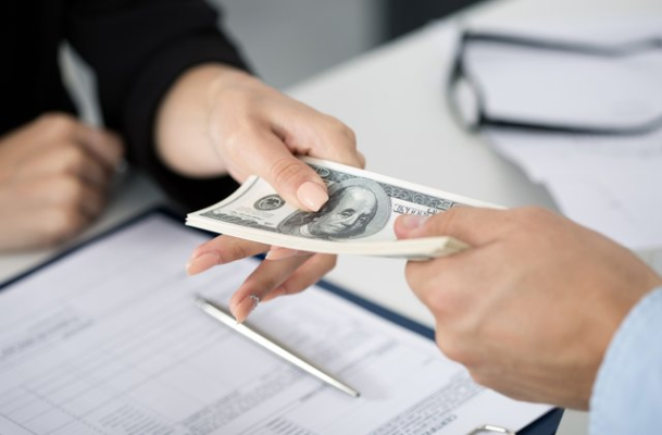 Đang có khoản vay tín chấp tại ngân hàng khác có thể vay tiếp được không?