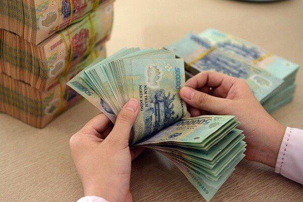 Cầm sổ bảo hiểm xã hội có thể lên được hàng chục triệu đồng